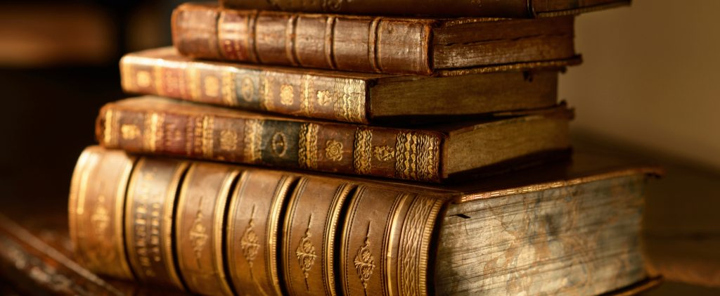 How to Sell Vintage Books Online With We Buy Books